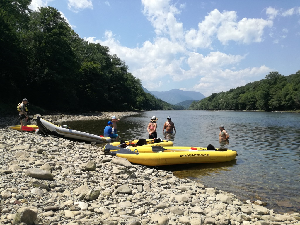 Drina_Kayaking